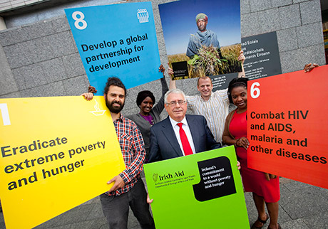 Minister and Guides from the Irish Aid Centre