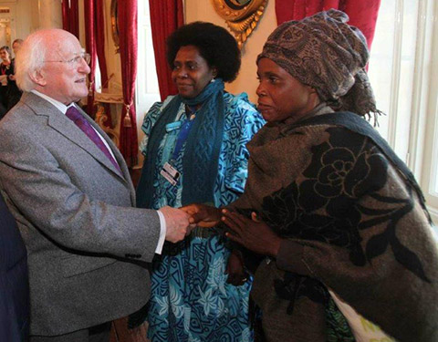 President Higgins greeting delegates at the HNCJ conference, Dublin Castle 2013 – Macinnes